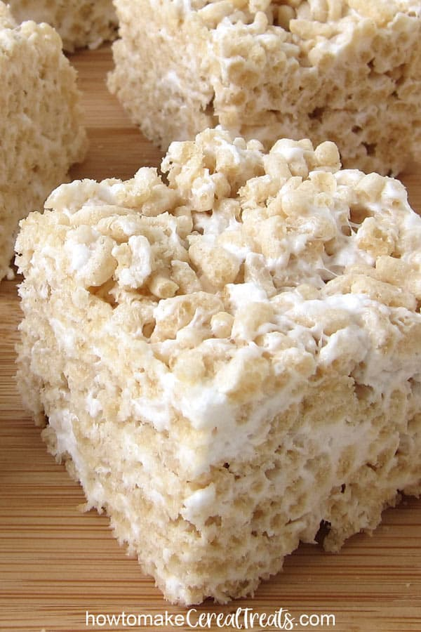 closeup image of a vegan rice krispie treat loaded with marshmallows