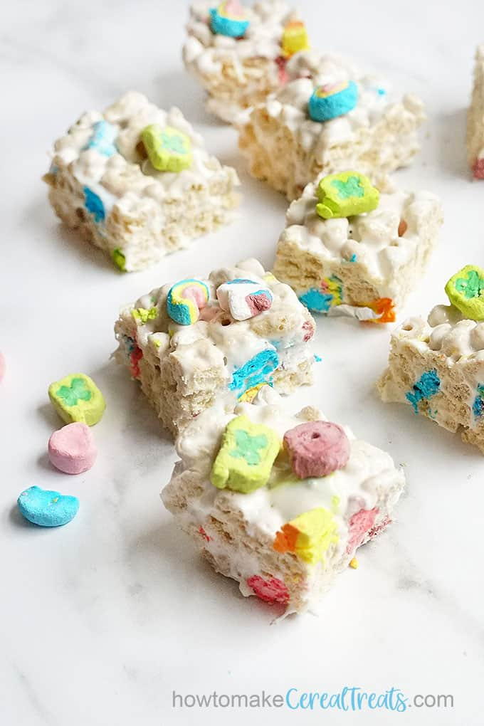 overhead image of lucky charms cereal treats