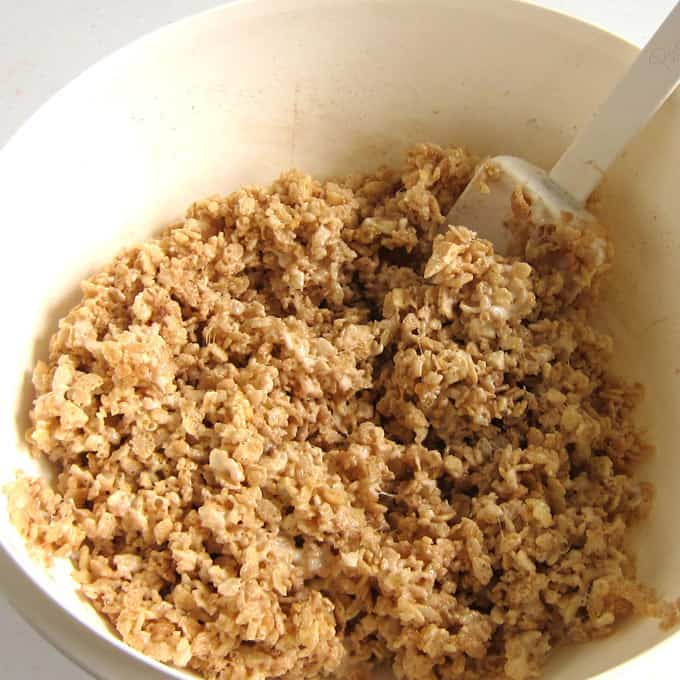 cinnamon apple rice krispie treat mixture in bowl