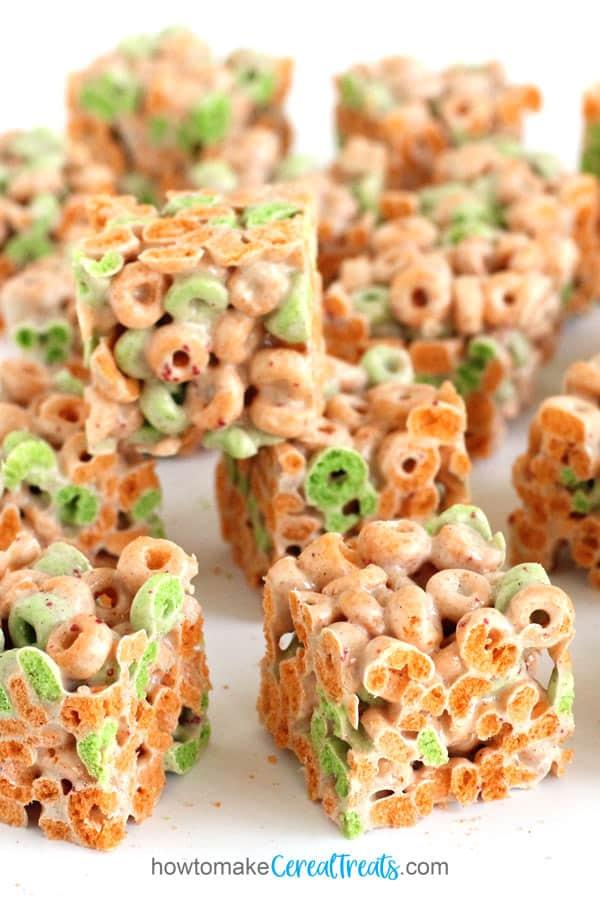 Marshmallow Apple Jacks Cereal Bars