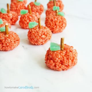 apple rice krispie treats for back to school or to celebrate fall